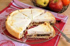 Фото песочного пирога с яблоками и творогом