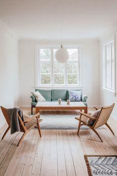 Minimal Living, Living Room Modern, Home Living Room, Living Room Decor,  Simple