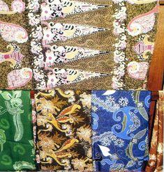 Dapatkan inspirasi terbaik Motif Batik Jawa dari kami yang dapat digunakan dalam berbagai hal membatik, busana, acara maupun keperluan lainnya. Artikel galeri motif batik ini akan banyak memberi kamu inspirasi Motif Batik Fitri Kabupaten Sidoarjo Jawa Timur yang dapat kamu pergunakan setiap harinya. Kadang dari beberapa Motif Batik Fitri Kabupaten Sidoarjo Jawa Timur yang sering […] The post Motif Batik Fitri Kabupaten Sidoarjo Jawa Timur appeared first on Graha Batik. Batik Solo, Batik Art, Quilts, Blanket, Quilt Sets, Quilt, Rug, Blankets, Log Cabin Quilts
