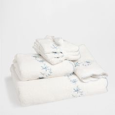 EMBROIDERED COTTON TOWEL - Towels  amp  Bathmats - Bathroom - HOME  COLLECTION AW15  1011d00ee07e9