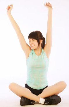 Beneficios de estirar por la mañana | Blog de HSNstore - Nutrición, Salud y Deporte. Ballet Skirt, Skirts, Blog, Fashion, Block Prints, Muscle Structure, Health Fitness, Stretches, Workout Exercises