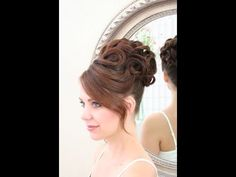 Bridal hair video: Updo with clean curls