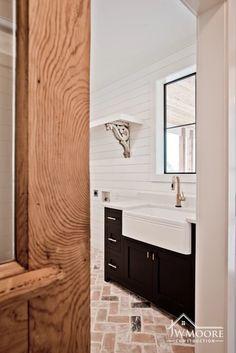 Custom Homes | JW Moore Construction | Goliad, TX