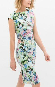 So Pretty! Boat Neck Back Split Figure-Hugging Chiffon Floral Dress #Floral #Summer #Fashion