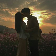 Read 9 from the story Ulzzang Fotoğrafları by gece______ay (MoonLight🌙) with 92 reads. Korean Girl Ulzzang, Couple Ulzzang, Mode Ulzzang, Cute Relationship Goals, Cute Relationships, Cute Couple Pictures, Couple Photos, Couple Goals Cuddling, The Love Club