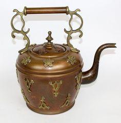 Vintage copper tea pot with raised brass decoration : Lot 276