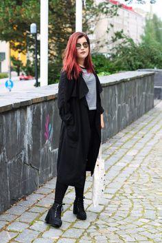 Reetta Kristiina http://www.stoori.fi/reettakristiina/harjun-portailla-2/