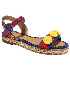 What's In: Raffia Sandals dg