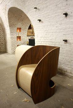http://www.welke.nl/cache/crop/750/auto/photo/43/47/89/Unieke-handgemaakte-houten-lees-stoel-Prachtig-als-solitair-object-in.1459151010-van-jpcjcorel.jpeg