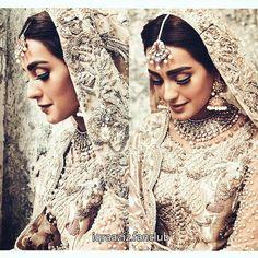 Cleaver & Erotic Political Bribe Of Poltical Bride & Groom Brainwashing Youth Pakistani Couture, Pakistani Bridal, Pakistani Wedding Outfits, Pakistani Dresses, Wedding Party Dresses, Bridal Dresses, Formal Wedding, Iqra Aziz, Pakistan Wedding