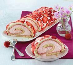 Erdbeer-Joghurtrolle ........... kann man sicher auch mit gemahlenen Nüssen anstattt Mehl machen