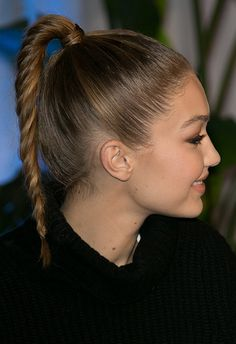 Twisted updo of dreams from Gigi Hadid <3