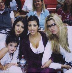 Kourtney Kardashian, Kardashian Girls, Estilo Kardashian, Kardashian Family, Kardashian Jenner, Kris Jenner, Kendall And Kylie Jenner, Jenner Girls, Young Kim