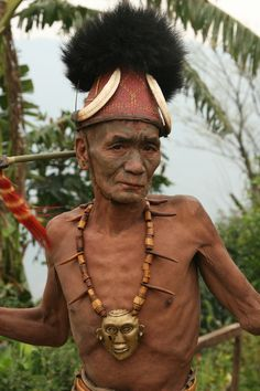 India | Konyak warrior.  Nagaland | ©Watler Callens