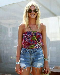 Street Chic - Austin City Limits Music Festival - Discover More Street Style - ELLE Music Festival Fashion, Festival Wear, Festival Outfits, Festival Style, Fashion Music, Music Festivals, Passion For Fashion, Love Fashion, Gypsy Fashion