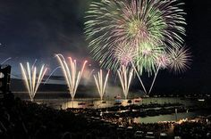 oswego harborfest oswego ny...amazing closing night fireworks!