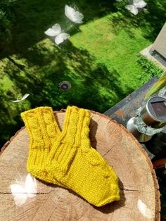 SALE SALE SALE Merino Wool Socks, Web Instagram, Knitted Slippers, Head Accessories, Sale Sale, Baby Booties, Knitting Socks, Fingerless Gloves, Arm Warmers