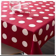 Картата тканина з пластиковим покриттям актуального багряного відтінку  для будь - яких імпровізацій святкового фуршету.   #тканина #скатертина #fabric #tablecloth #red