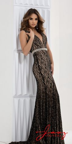 4aca2255f82 Sophisticated Lace Formal Dress