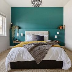 Oh that feature wall! And we love those bedside lamps and that beautiful bedhead! Great job @joshandelyse! #9theblock #bedroom http://ift.tt/2hfdyJU