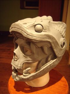 PP: Quetzalcoatl warrior mask helmet WIP! this will be painted and sport a feather crest flowing backwards and behind. Inspiration Drawing, Character Inspiration, Larp, Aztec Culture, Inka, Aztec Warrior, Sculptures Céramiques, Aztec Art, Mesoamerican