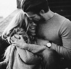"""В какой момент люди решают, что другой человек уже свой навсегда? Обычно это после слова """"люблю"""" происходит. С одной стороны. Или взаимно. И как бы все – печать на веки вечные. """"Кто не спрятался, я не виноват"""". В смысле, кто сказал, тот и огребает."""
