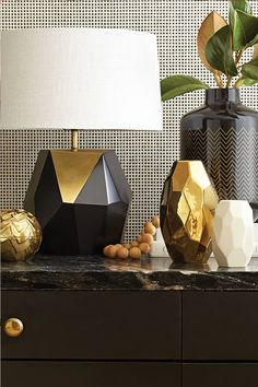 Time to get multi-faceted. We have Nate Berkus' latest collection to thank for our new fascination with facet design flourishes that will add geometric sophistication to any room. @NateBerkus