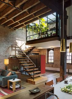 One of the nicest lofts i have ever seen. Loft by Andrew Franz Patio Interior, Interior And Exterior, Interior Ideas, Brick Interior, Interior Stairs, Bathroom Interior, Loft Design, Design Design, Studio Design