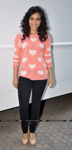 Neha Sharma busy in promoting her film 'Youngistaan'