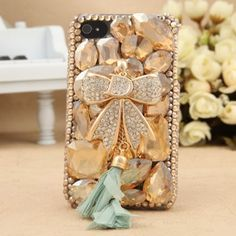 Luxury Crystal Bowknot Pendant Design Hard Case for iPhone 4/4s  http://www.vancaro.com/cell-phone-cases/iphone-4-4s-cases