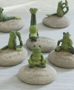Inspirational Yoga Frog Figures, Set of 6 ithoughtyouknewblog afflink