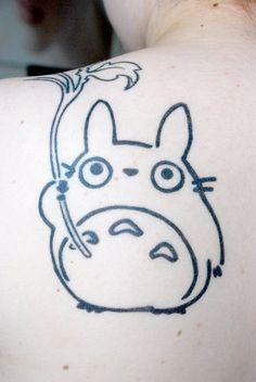 Anda que no molaría tatuarse un Totoro.