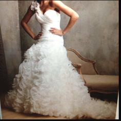 I want a fun and different wedding dress - really into the one shoulder look