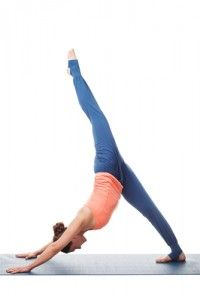 8 Yoga Poses for Abs and a Strong Core | Avocadu