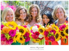 Sunflower & Pink Roses Bouquets | Spring Wedding Flowers | Little Brown Church - Studio City, Ca Wedding | By: Chelsea Elizabeth Photography | chelseaelizabeth.com