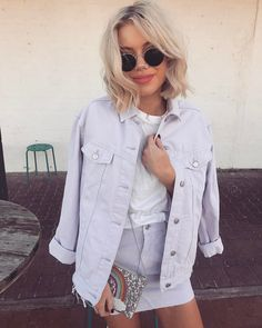 """7,940 mentions J'aime, 38 commentaires - Laura Jade Stone (@laurajadestone) sur Instagram: """"This colour though  Wearing my two favs @fromstxavier X @howtwolive & @topshop_au """""""