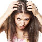 Caduta+di+capelli:+Aggiungi+questi+due+ingredienti+al+tuo+shampoo+e+potrai+dire+addio+alla+caduta+di+capelli!