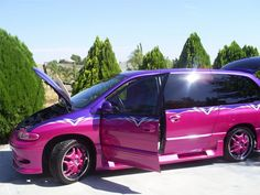 Pimped out Purple/Pink Plymouth Voyager Honda Minivan, Toyota Previa, Plymouth Voyager, Chrysler Voyager, Chrysler Jeep, Chrysler 2017, Grand Caravan, Cartoon Tv Shows, Custom Vans