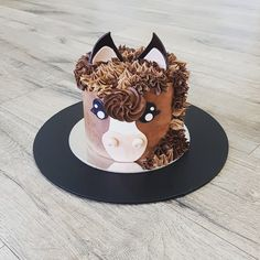 Horse cake Horse Birthday Parties, Birthday Cake Girls, Horse Birthday Cakes, 4th Birthday, Birthday Ideas, Beautiful Cakes, Amazing Cakes, Cake Cookies, Cupcake Cakes