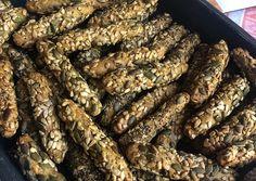 Κριτσίνια ολικής πολύσπορα σαν αγοραστά ❤️ συνταγή από τον/την Γιωτά Μουδράκη - Cookpad Food And Drink, Cooking Recipes, Bread, Snacks, Vegan, Cookies, Vegetables, Ethnic Recipes, Car