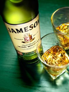 Wonnacott   Jameson by WONNACOTT, via Behance Whiskey Girl, Cigars And Whiskey, Scotch Whiskey, Whiskey Cake, Whiskey Glasses, Bourbon Whiskey, Whiskey Bottle, Whiskey Lemonade, Lemonade Cocktail