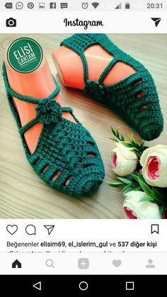 Super Ideas For Crochet Unicorn Applique Free Pattern Crochet Slipper Pattern, Crochet Bikini Pattern, Crochet Amigurumi Free Patterns, Crochet Stitches Patterns, Free Crochet, Crochet Sandals, Crochet Baby Booties, Crochet Slippers, Crochet Hats