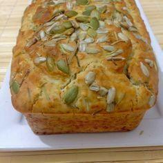 Pão sem glúten de liquidificador. A massa não precisa descansar. Igual receita de bolo! E pãozinho caseiro e saudável para família!