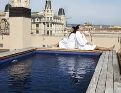 Port apartments Barcelona. These one have a swimmingpool on the roof terrace