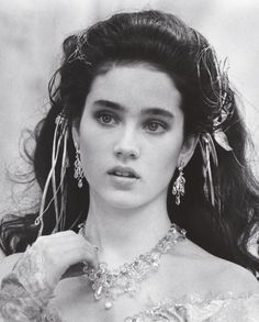 Jennifer Connelly (1986) http://www.canalrgz.com/gente/ficha/46/jennifer-connelly