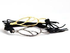Leaf bracelet, Brass bronze bracelet, Silver bracelet, Charm bracelet, Minimalist bracelet, Elastic bracelet, Girlfriend gift, Mom gift by BeadABoo on Etsy Girlfriend Gift, Silver Jewelry, Unique Jewelry, Bangles, Bracelets, Gifts For Mom, Minimalist, Bronze, Charmed