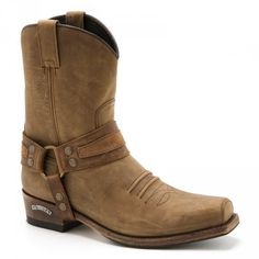 Cowboy western Sendra Boots, Mayura, Buffalo, Old West boots for men and women fine and round toe high and low boots. Brown Cowboy Boots, Brown Leather Boots, Mens Western Boots, Cowboy Western, Old West Boots, Boots 2016, Felt Cowboy Hats, Low Boots, Men's Boots