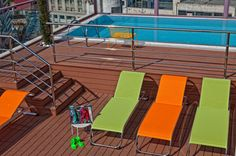 Rooftop Pool - daytime