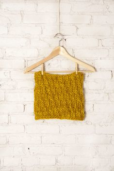 Go-To Chunky Cowl from The Knit Vibe by Vickie Howell   Pattern available for free on the Hallmark Home & Family Show site!