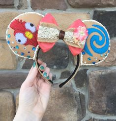 Moana HeiHei Inspired Mickey Ears by ThreeLittleTinkers on Etsy Disney Ears Headband, Diy Disney Ears, Disney Headbands, Disney Mickey Ears, Disney Bows, Disney Diy, Disney Crafts, Disney Trips, Disney Outfits